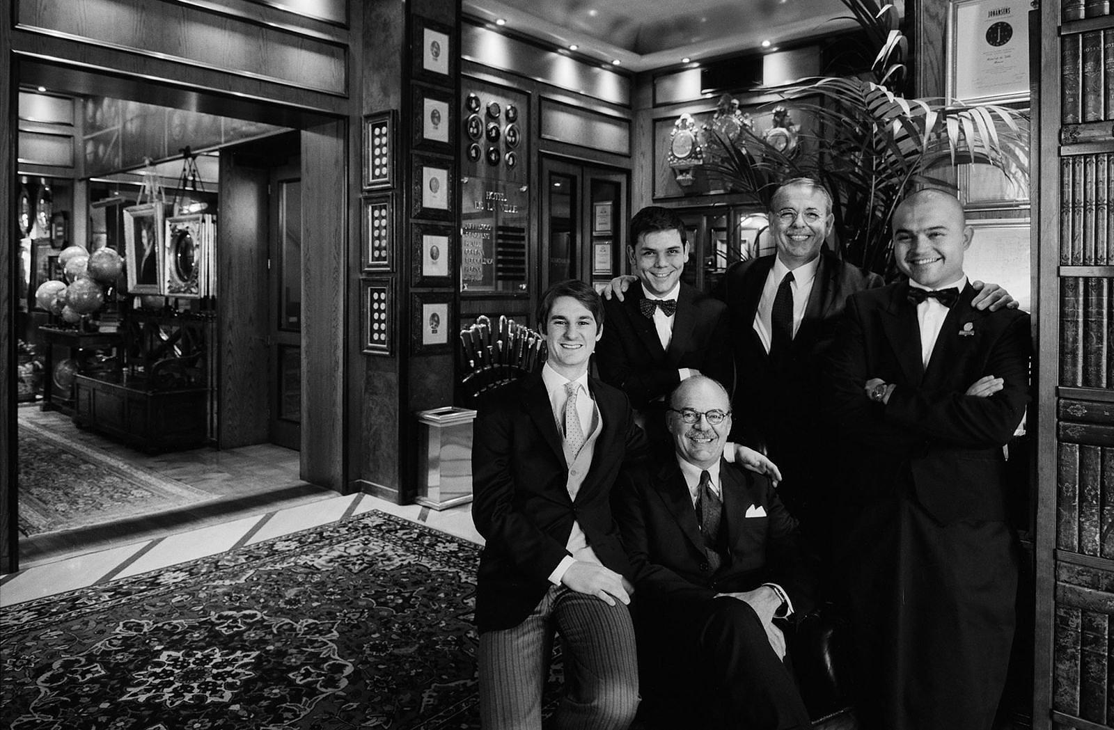 la famiglia dell'hotel
