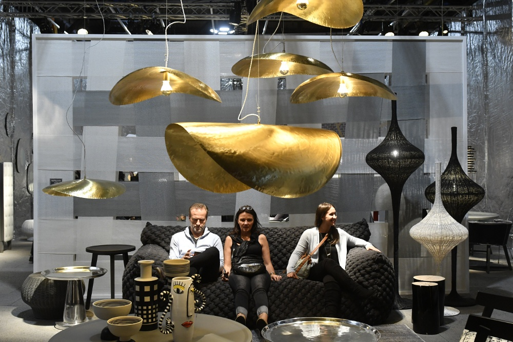 Fiera dei mobili milano gallery of glas italia stand at for Affordable furniture ville platte la